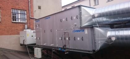 centrala wentylacyjna i kompaktowy agregat skraplający